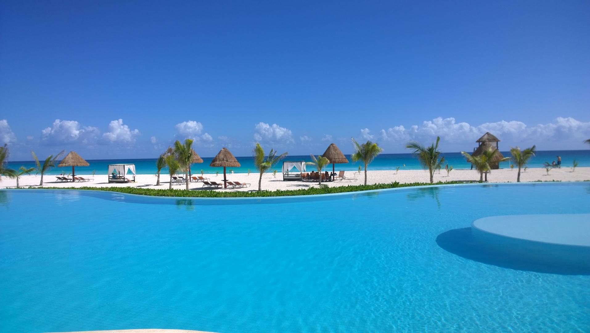 cancun-dream-beach.jpg